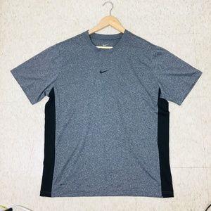 Nike Men's Dri-Fit T-shirt Large